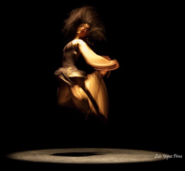 Resonancia: Movimiento. Luz. Sonido. (Fotografía cortesía de Luis Yépez Pérez)