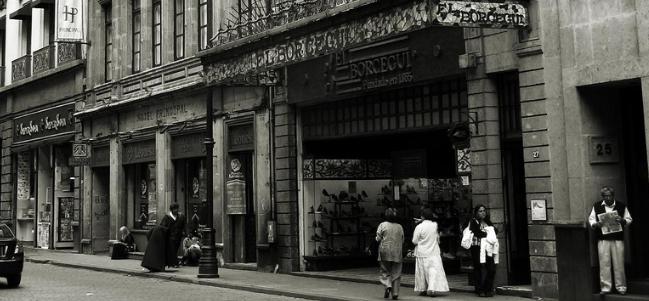 Calles de México: El Museo del Calzado en la zapatería El Borceguí.