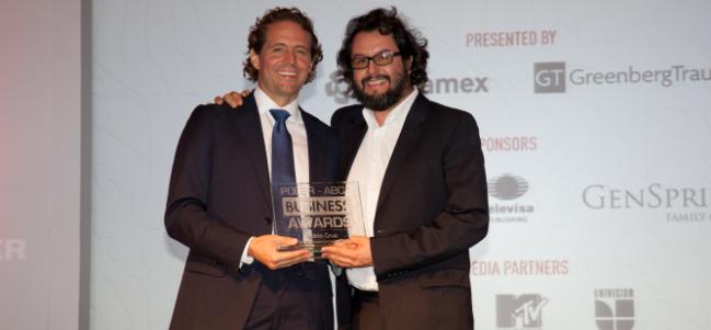 "Pablo Cruz, fundador de CANANA y Ambulante, ""Cultural Empowerment Award""."