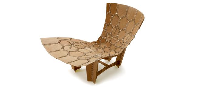 'Silla Tejida', hecha de triplay unido por algodón tejido. Autor: Emiliano Godoy.