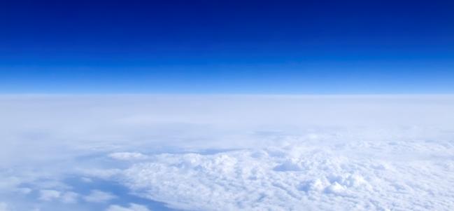 ¿Por qué el cielo es azul en nuestra Tierra? ('Blue Sky' por Andrés Ruela)